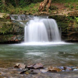 waterfall-2702652_1920